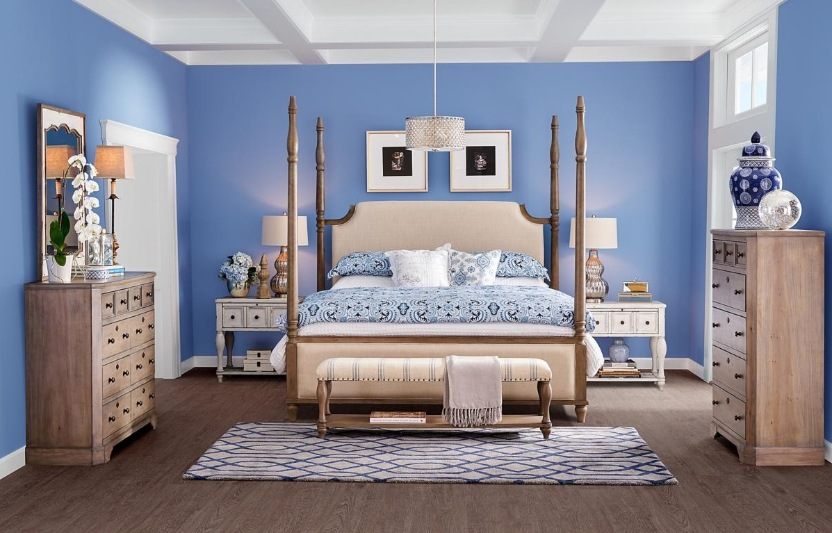 Post image for How to Decorate a Master Bedroom